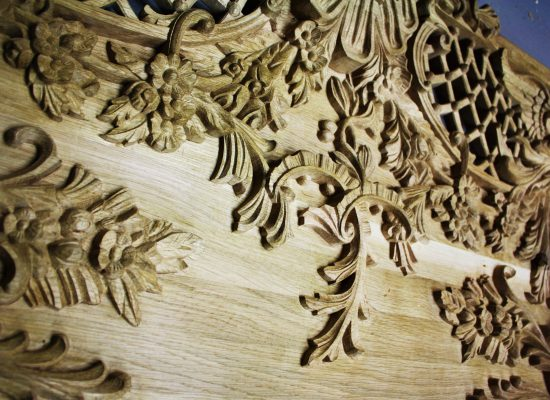 Wood carving in oak - renovation of the palace in Rogalin